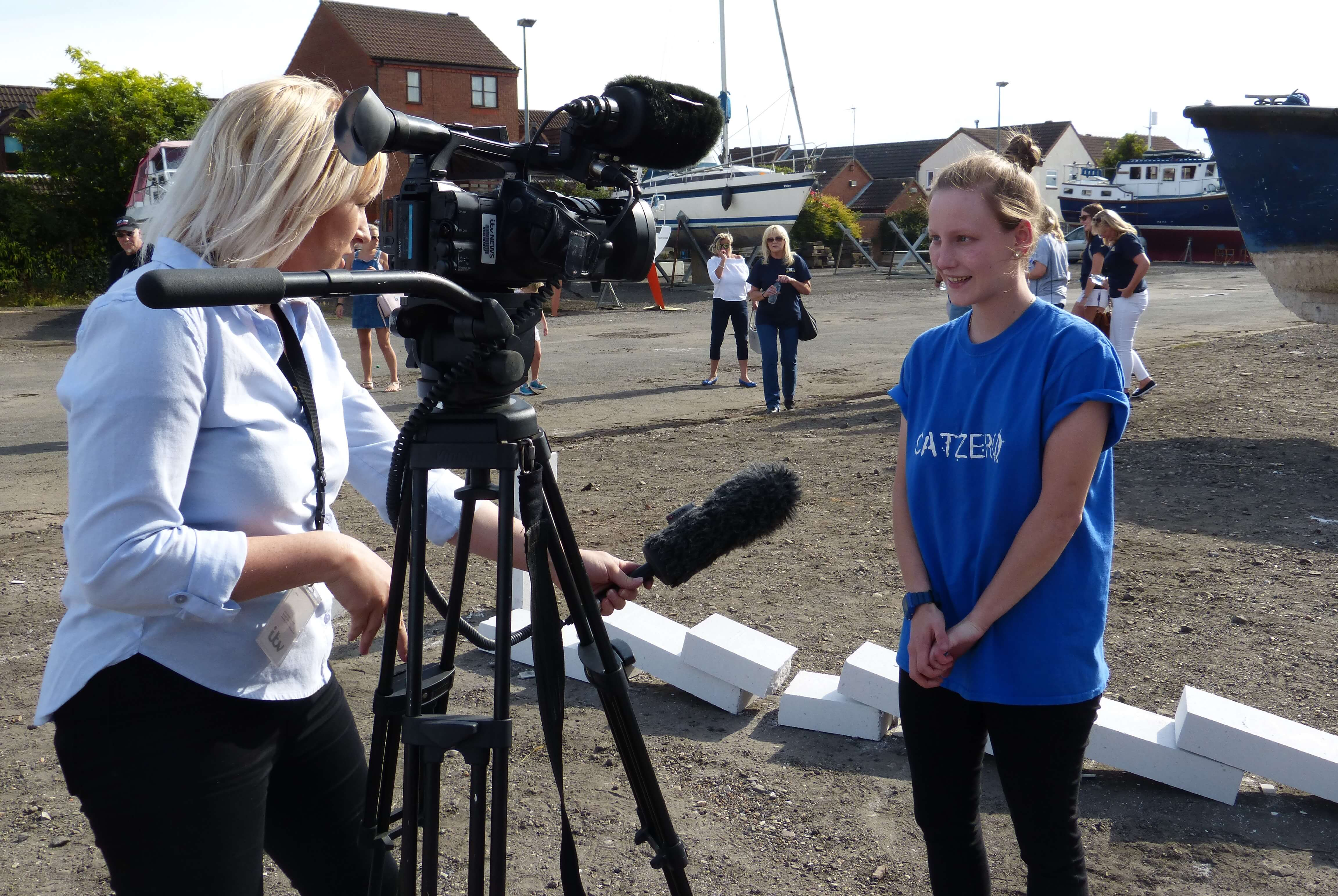 Beth was 'overwhelmed' to start Hull's great domino event!